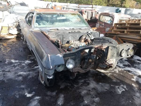 Photo COOL 1968 impala 2 dr hardtop project or - $800 (Columbia Falls)