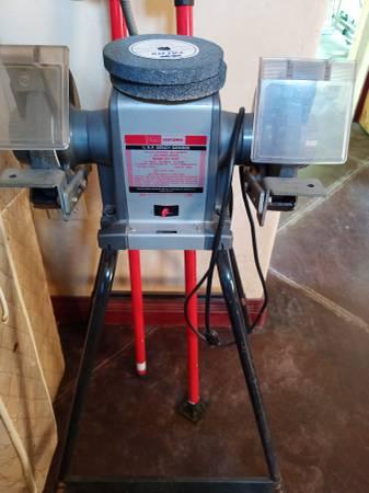 Photo Craftsman Bench Grinder wstand - $125 (Kalispell)