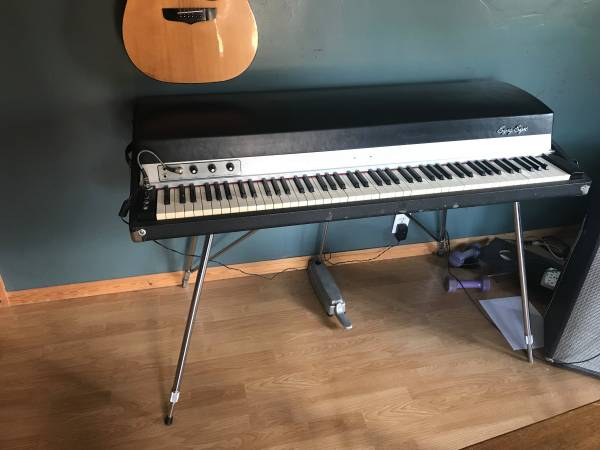 Photo Fender Rhodes Stage 88 Piano - $2200