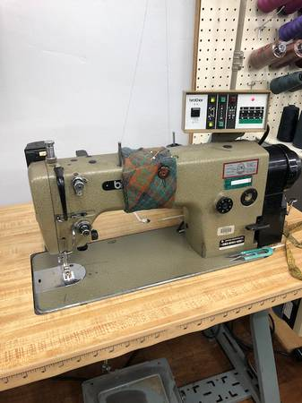 Photo Industrial Sewing Machines - $600 (Polson)