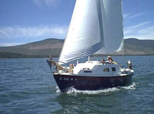 Photo Sailboat - trade for design services (kalispell)