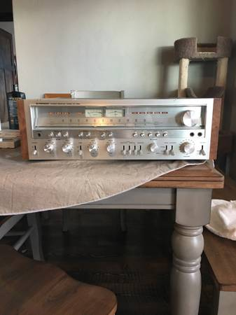 Photo Vintage Pioneer stereo receiver - $950 (Kalispell)