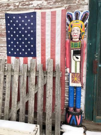 Photo Wooden Cigar Store Indian - $300 (Columbia Falls)