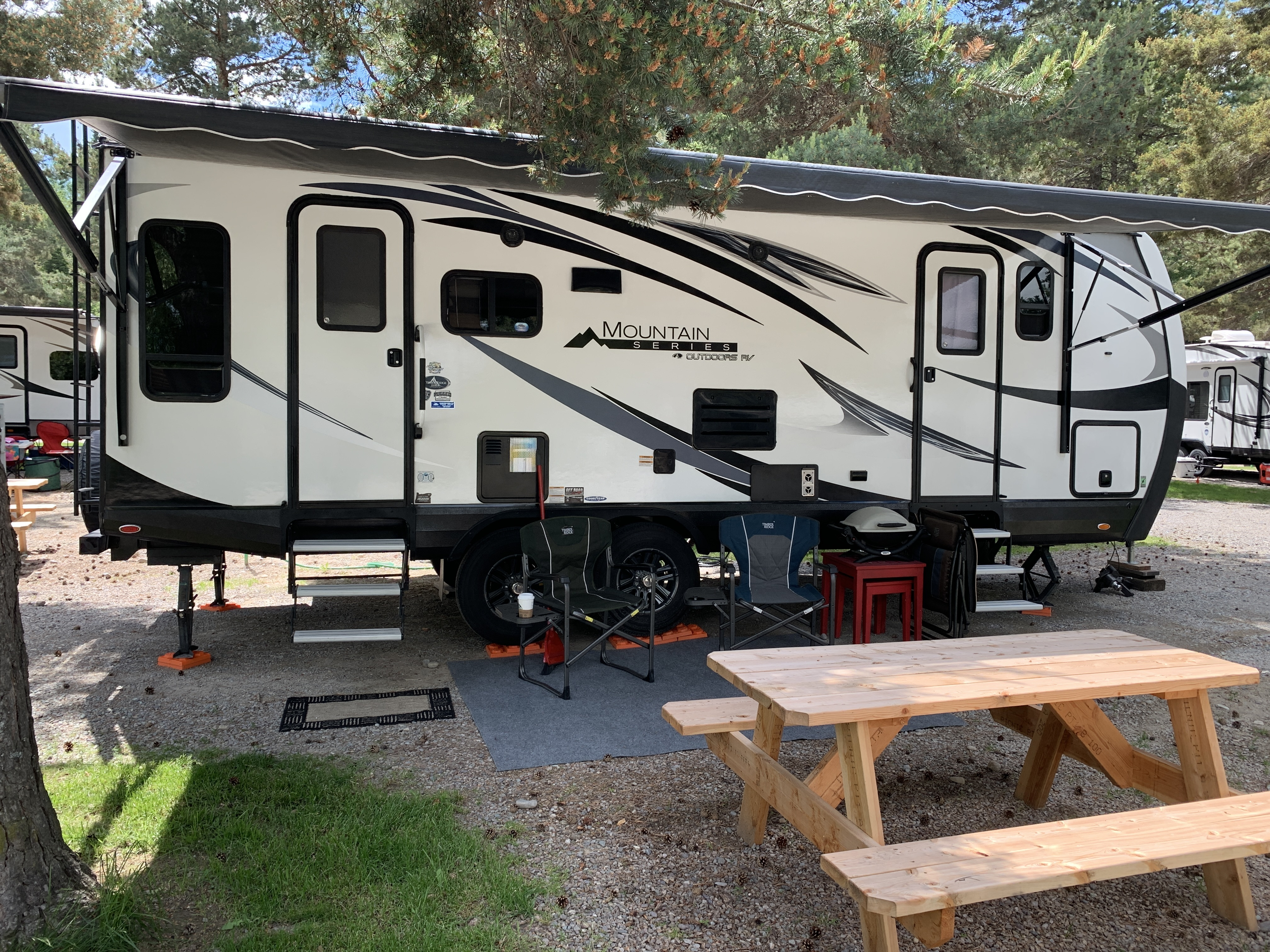 Photo Used 2018 Outdoors Rv Manufacturing RV  $39500