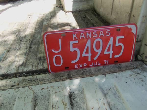 Photo 1971 Kansas License Plate (Car Tag) - $15 (Kansas City Ks.)