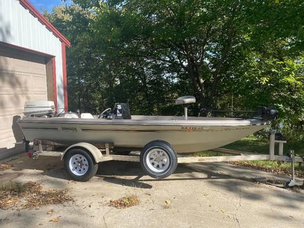 Photo 1984 Ranger Boat - $2,700 (Basehor Kansas)
