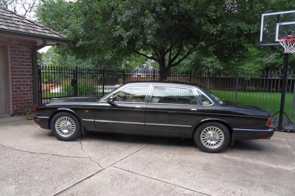 Photo 1997 Jaguar Vanden Plas - $12,500 (Kansas City)