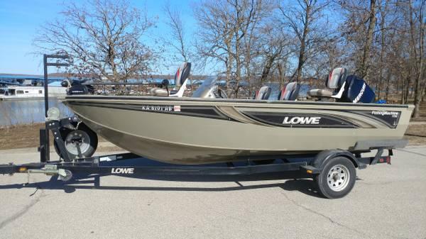 Photo 2006 Lowe 17 1539 Fishing Machine W 75 Hp Mercury 4 Stroke - $8500 (Spring Hill, KS)