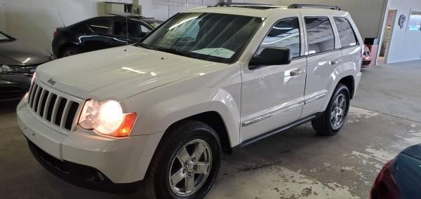 Photo 2008 Jeep Grand Cherokee, Larado, Leather, Sunroof, 4 Wheel Drive - $7,980 (Olathe, KS)