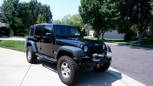 Photo 2012 Jeep Wrangler Rubicon Unlimited 4DR - $20,250 (Overland Park)