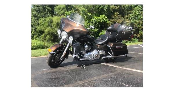 Photo 2013 Harley-Davidson ELECTRA GLIDE ULTRA - $12,498 (Kansas City)
