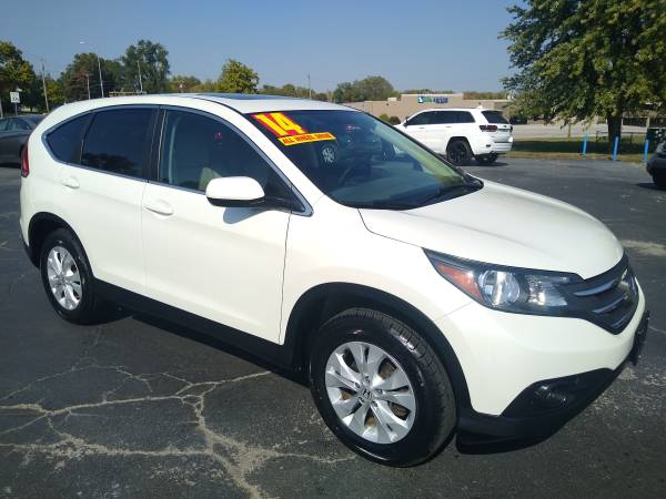 Photo 2014 Honda Crv  Like new On sale - $13,950 (102 e. Nichols Spring Hill ks)