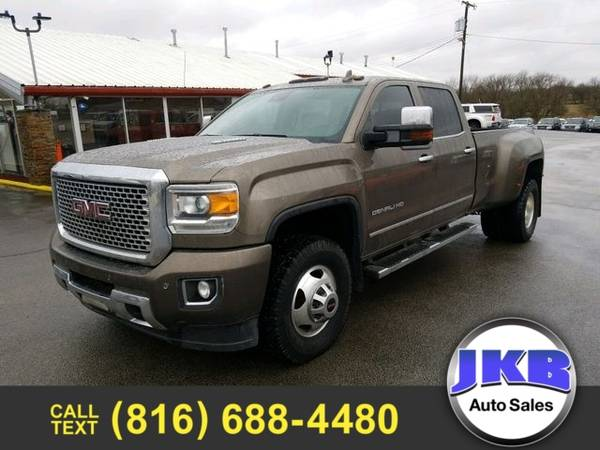 Photo 2015 GMC Sierra 3500HD Denali Pickup 4D 8 ft - $37946 (We Want Your Trade)