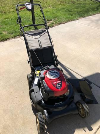 Photo 21 Craftsman Lawn Mower - $175