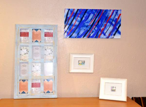 Photo 4x6 collage gallery frame , canvas and white 5x7 frames - $25 (kansas city)