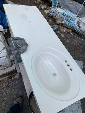 Photo 61 in. W x 22 in. D Single Sink Vanity Top - $277 (Zona Rosa)