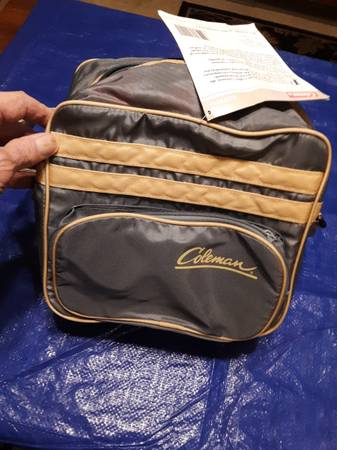 Photo Coleman 10 Beer Can Cooler Tote - $8