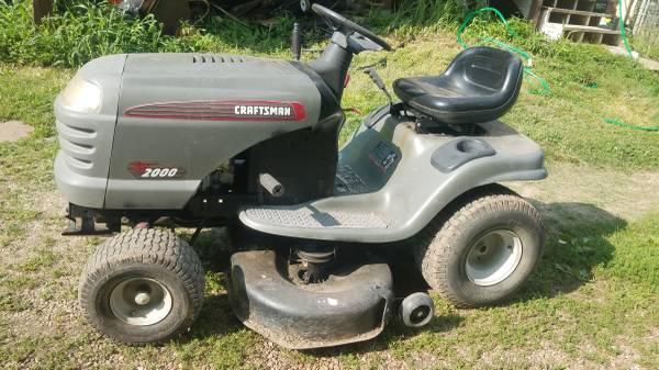Photo Craftsman yardman riding mower - $500