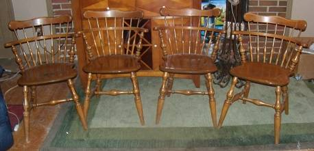 Photo Dining Chairs Vintage Ethan Allen Maple Wood four chairs - $60 (south kc,mo)
