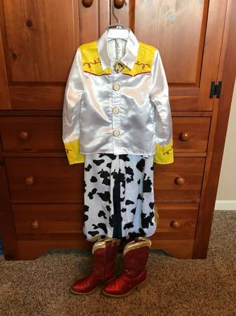 Photo Disney Toy Story Woody and Jessie costumes - $20