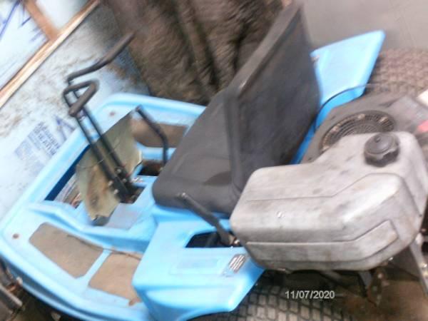 Photo Dixon ZTR zero turn riding mower - $500 (Liberty)
