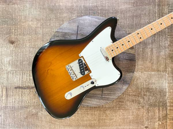 Photo Fender Limited Edition American Standard Offset Telecaster 2016 - $1,350 (Overland Park)