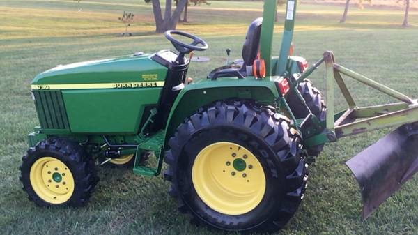 Photo John Deere 790 4x4 30 hp diesel with only 91 hrs like new condition - $9,950