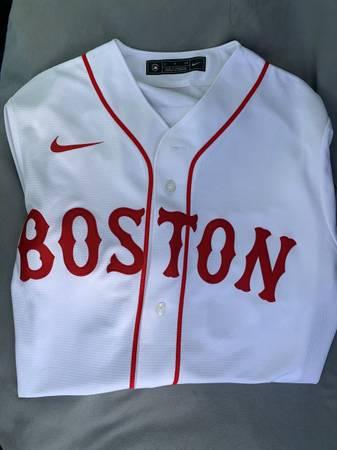 Photo Nike Boston Red Sox Mookie Betts Baseball Jersey - Size S - $59 (Mission)