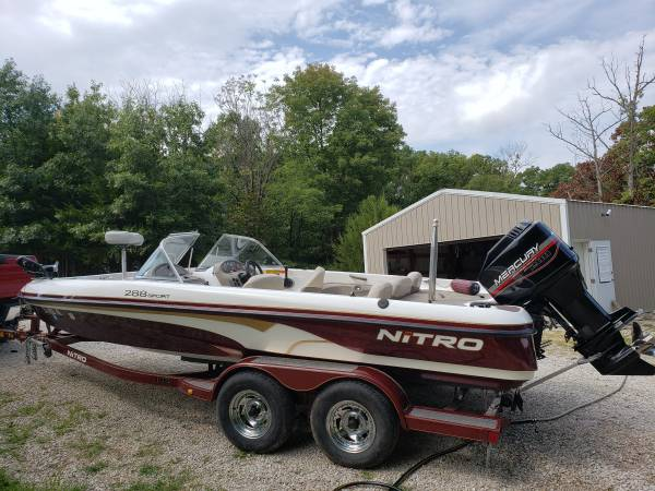 Photo Nitro Bass Boat - $10,500 (Kansas City)