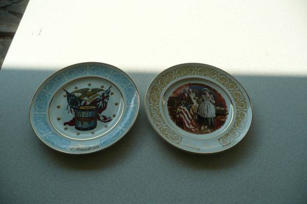 Photo PATRIOTIC COLLECTIBLE PLATES by AVON each - $3 (STILWELL)