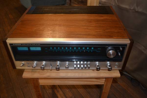 Photo Pioneer SX-1010 Receiver, Bose 901, ETC - $675