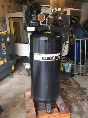 Photo Sanborn Black Max 5hp air compressor - $500 (Kansas City)
