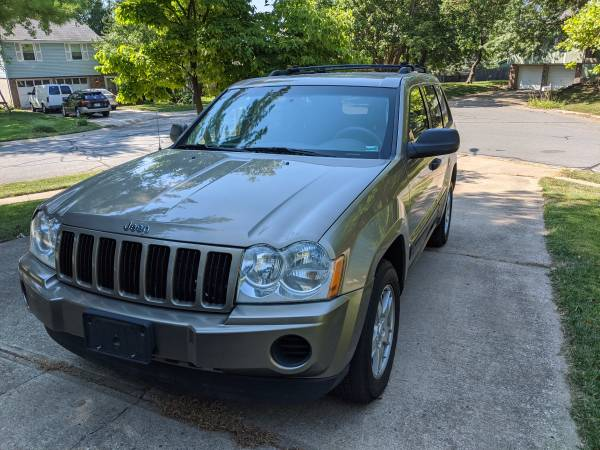 Photo VERY NICE 05 Jeep Grand Cherokee - $5,200 (Lee39s Summit, MO)