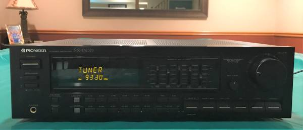 Photo Vintage Pioneer Stereo Receiver SX-1300 (Made in Japan) - $50 (Lees Summit)
