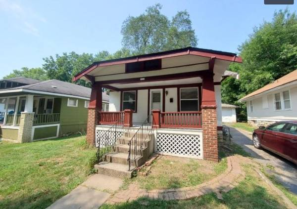 Photo Voucher Holders This home is NOT qualified for the Housing Voucher pr (Kansas City, MO)