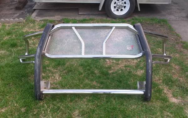 Photo WESTIN HDX STAINLESS STEEL FRONT GRILLE GUARD - $325 (Independence)