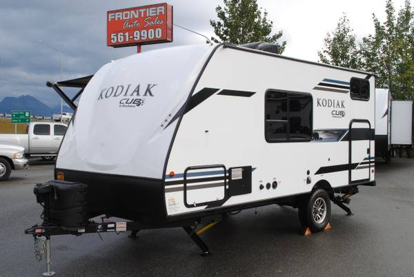 Photo 2021 Kodiak Cub 175BH, Bunk House, 4 Season Trailer, Off Road Tires (Get Pre-Approved Today  www.frontierautosales.org)