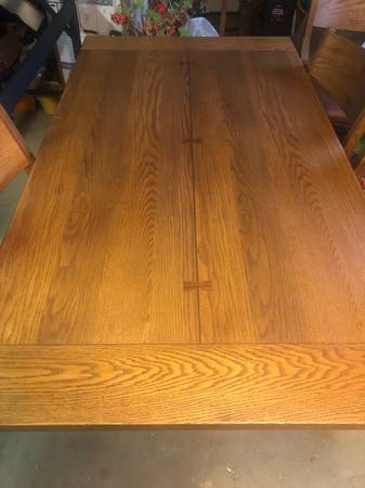 Photo 92quot Beautiful oak dining table with 6 chairs - $1,100 (Anchorage)