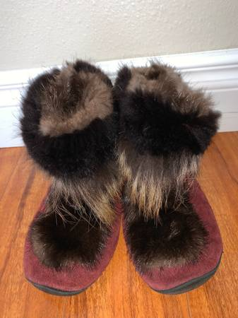 Photo Fur booties size 6.5-7 (small repairs needed) - $45 (Eagle River)