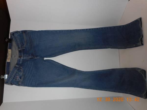 Photo Hollister California Jeans - $25 (Moose Pass)