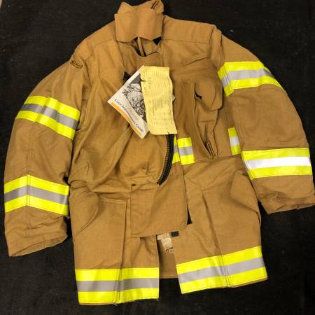 Photo Lion Janesville Firefighter Fireman Turnout Gear Jacket Coat 3832R - $195 (Anchorage)