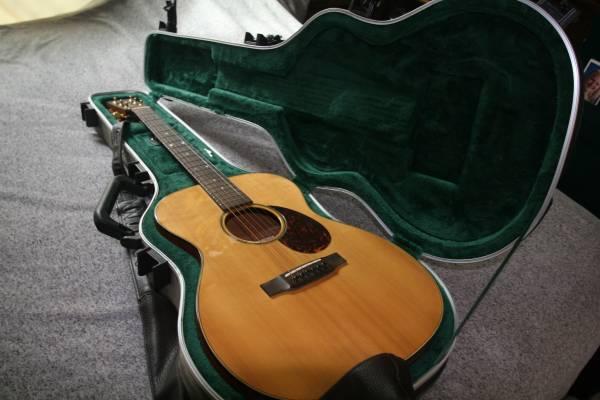 Photo Martin 000 SWOMGT Guitar - $1,500 (Wasilla Fishhook)