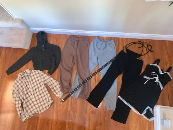 Photo Womens Shein, Brandy Melville clothes Small - $60 (Eagle River)