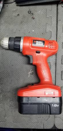Photo 18 volt Black and Decker cordless drill - $10 (Lakeland)