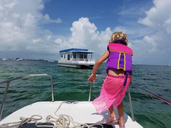 Photo 2017 Custom built Trident Pontoon Houseboat - $130,000 (Key West)