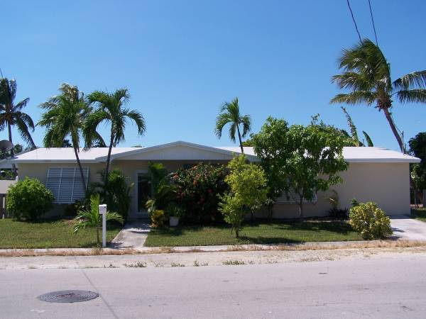 Photo 4BR2BA Single Family Home, New Town Key West (Key West)