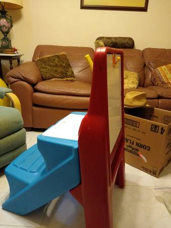 Photo Artist Easel for Tots (Delray Beach)