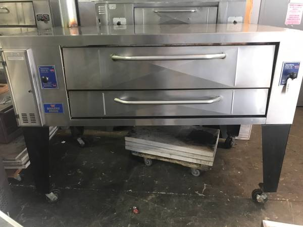 Photo BAKERS PRIDE Y-600 Brick Pizza Oven  Gas Pizza Oven - $5495 (Ft. Lauderdale)