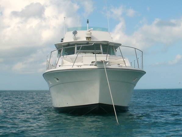 Photo BERTRAM 46 with transferable lease - $235,000 (Key West)