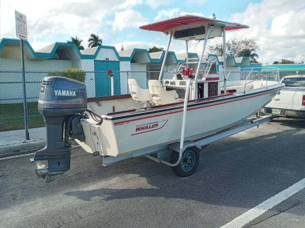 Photo Boston Whaler Outrage V20 - 2008 Yamaha 150 OX66 - Aluminum Trailer - $14,000 (Homestead (30 Min From Key Largo))
